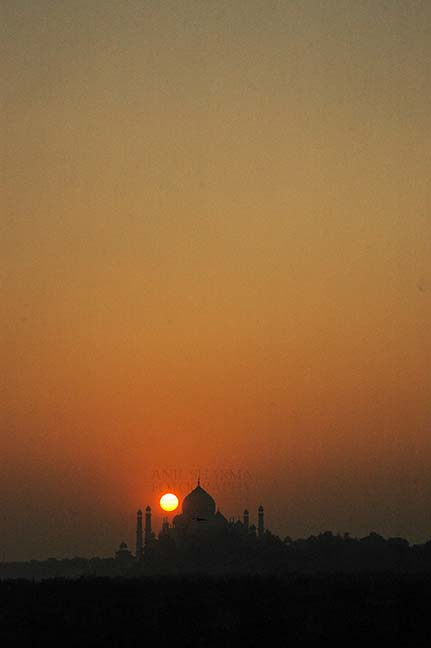 Monuments- Taj Mahal, Agra (India) - The Beauty of Taj Mahal