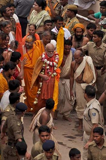 Festivals- Jagannath Rath Yatra (Odisha) - Jagadguru Shankaracharya participating on the occasion of Rath Yatra at Puri, Odisha, India.