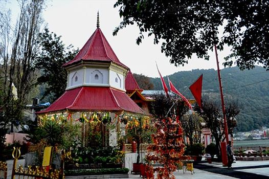 Travel- Nainital (Uttarakhand) - Nainital, Uttarakhand, India- November 11, 2015: Naina Devi Temple early in the morning on Diwali festival day at Nainital, the temple is devoted to Maa Naina Devi is situated right on Naini Lake near Flat at Mallital, Nainital, Uttarakhand, India.