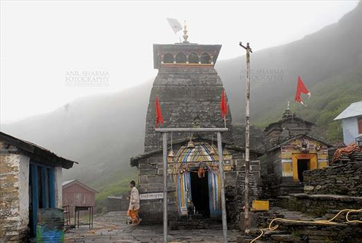 Tungnath, Chopta, Uttarakhand, India- August 18, 2009: Temple complex in mist –Tungnath temple lies in the Tungnath mountain range of Rudraprayag district in Uttarakhand, India.
