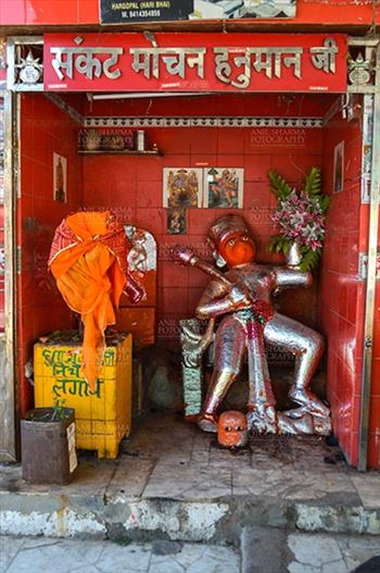 Pushkar, Rajasthan, India- January 16, 2018: A small temple of Hindu God Hanuman at Holy Pushkar Sarovar Ghat at Pushkar, Rajasthan, India.